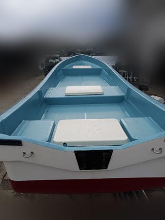 http://www.kanno-marine.com/kms/used-img/boat/1-w18/1-W-18-2.jpg